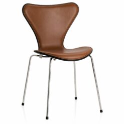 Fritz Hansen Vlinderstoel Series 7 stoel front upholstery Elegance leder walnut gekleurd essen zwart
